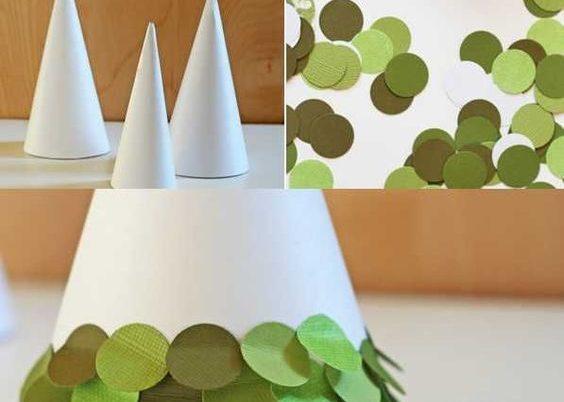4. Décorez votre table avec de jolis sapins