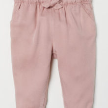 Pantalon avec revers rose poudré